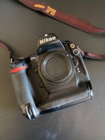 Máquina Fotográfica Profissional Nikon D2 Hs