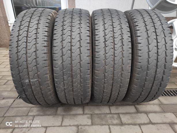 235/65R16c Dunlop econdrive