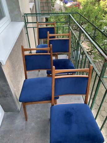 4 krzesła, vintage po renowacji.