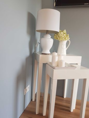 2 designerskie stoliki+ lampa  + dekoracje Mega okazja
