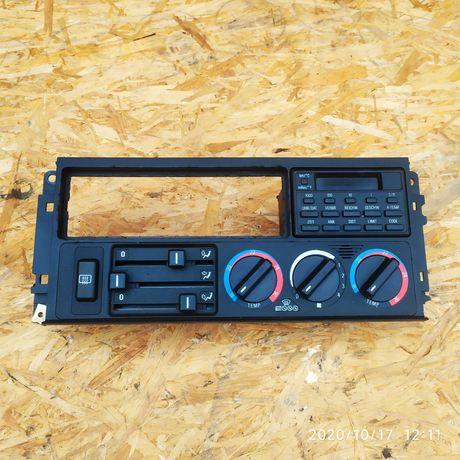 Panel środkowy deski rozdzielczej nawiewu BMW e34