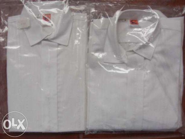 Vendo Camisas Para Rapaz, Cerimónia