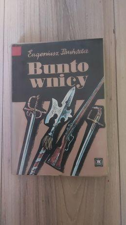 E. Paukszta - Buntownicy