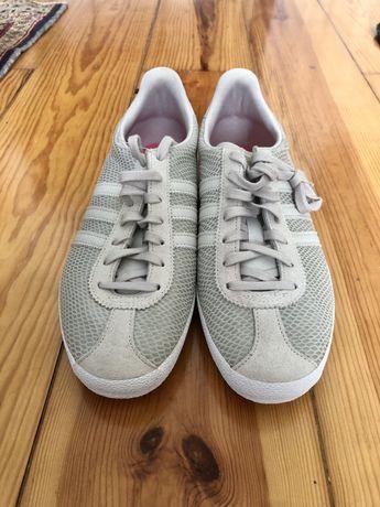 Ténis adidas gazelle cinza