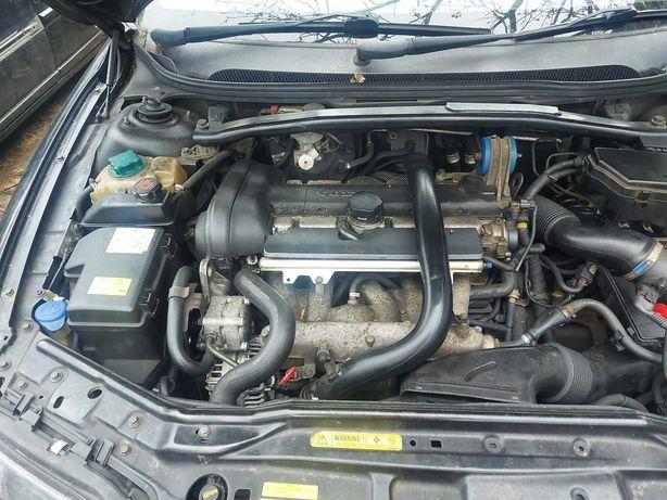 Silnik volvo 2.5 t5 kompletny b5254t2