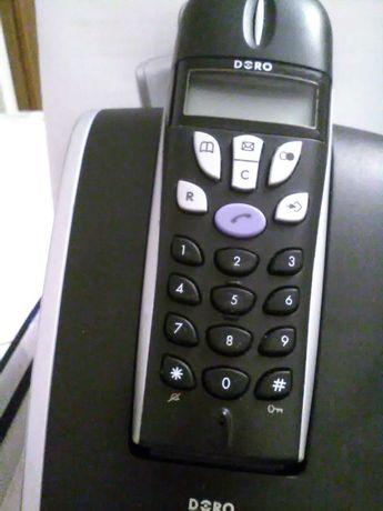 """Telefon stacjonarny dla osób starszych """"Doro"""""""