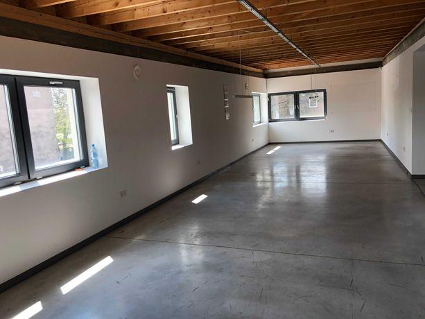 lokal biurowy na 1 piętrze z parkingiem i osobnym wejściem