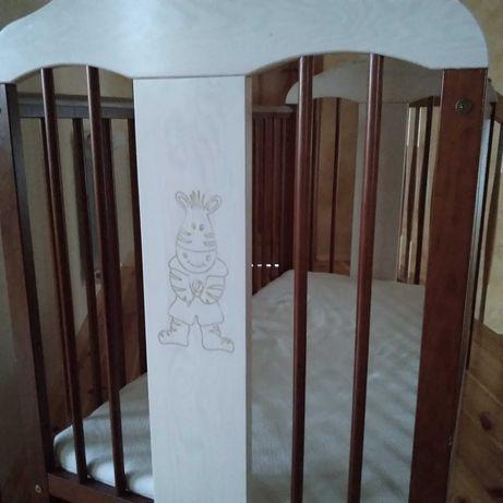 Łóżeczko drewniane dla dziecka