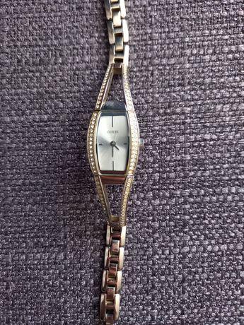 Guess часы( оригинал) номерные