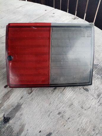 Задний внутренний фонарь ВАЗ 2111