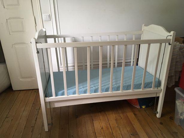 Cama de grades para bebé