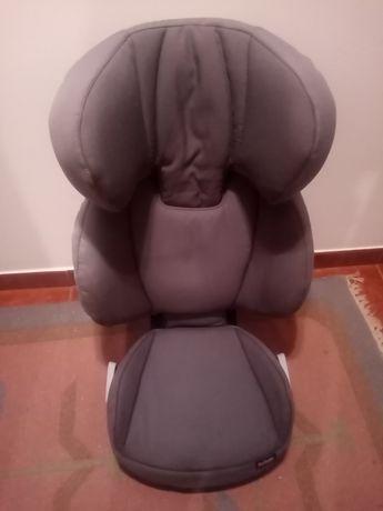 Cadeira auto Besafe dos 5 aos 12 anos