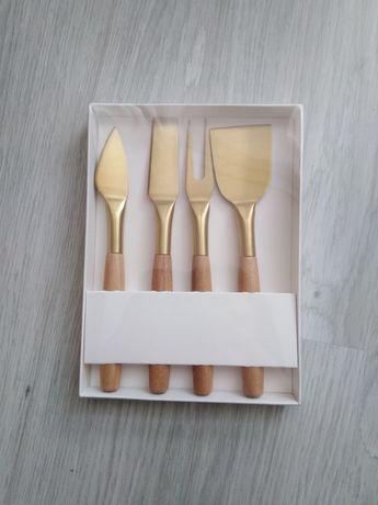 Nowy komplet noże do serwowania serów