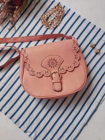 Женская весенняя персиковая бежевая сумка сумочка