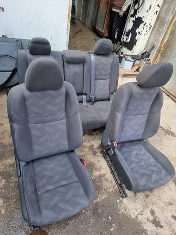 сиденья  Nissan Rogue 2015