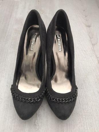 La Strada 37 buty na obcasie czułenka półbuty jak nowe