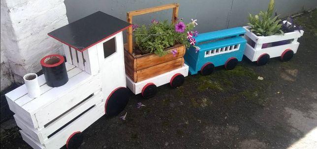 Декоративний потяг з вагонами