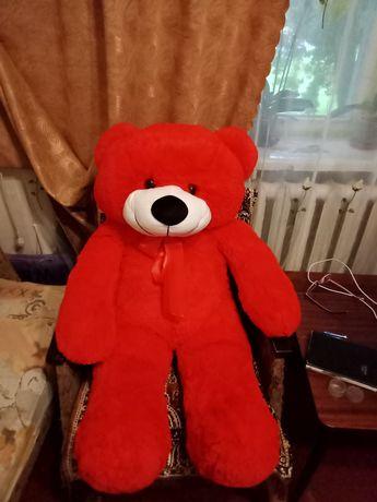 Большой красный медвежонок. Новый.