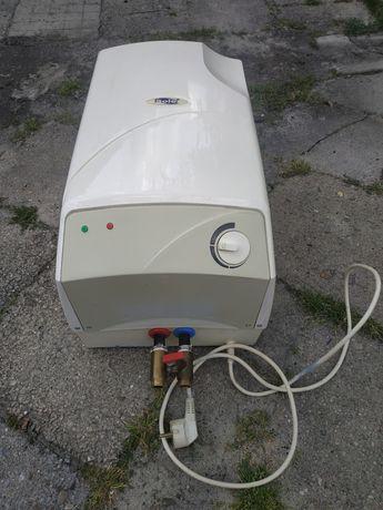 Podgrzewacz do wody bojler 15 litrów 1500W Dom ROD