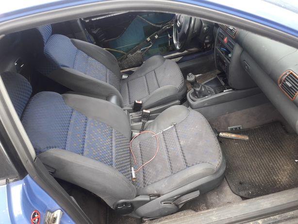 Audi a3 kąplet siedzeń