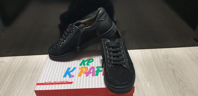 Продам мокасины туфли слипоны демисезонные K.Pafi
