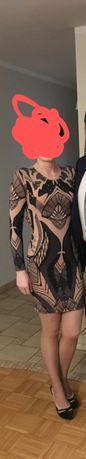 Sukienka obcisła ze zdobieniami