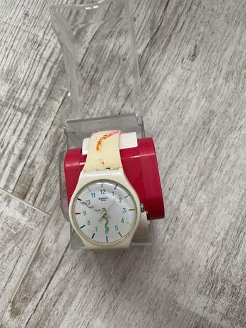 Часы Swatch suoz158