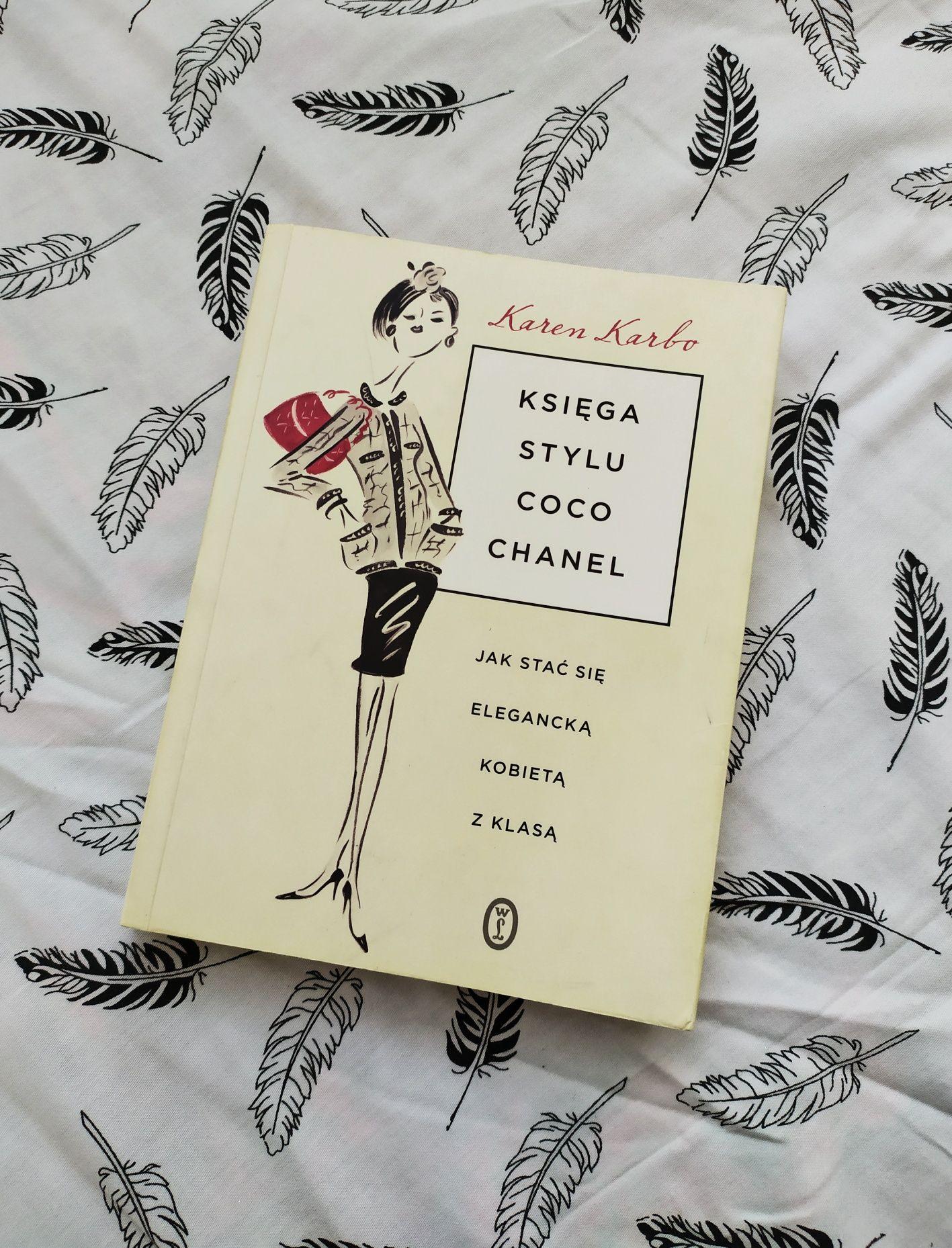 """Książka Karen Karbo """"Księga stylu Coco Chanel"""""""
