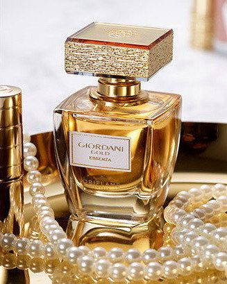 Парфюмерная вода Giordani Gold Essenza/Giordani Incognito/