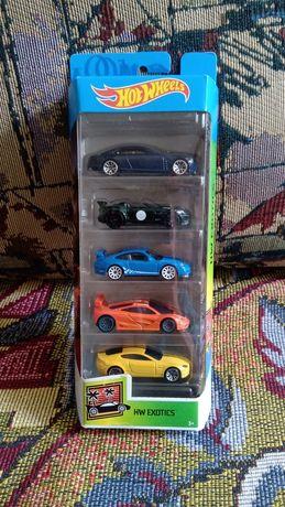 Продам комплект коллекционных машинок Hot Wheels