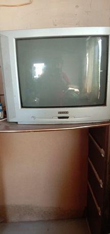 Продам телевизор для дачи