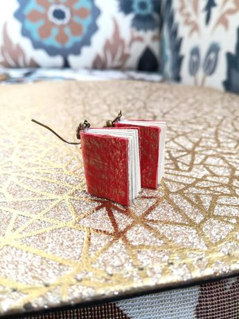 Kolczyki książeczki