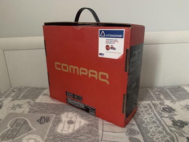 Нетбук Compaq mini