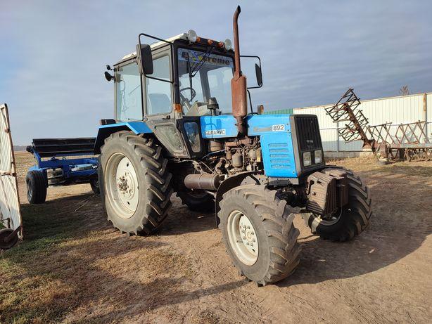 Продам трактор мтз892