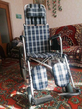 Универсальная коляска для инвалидов