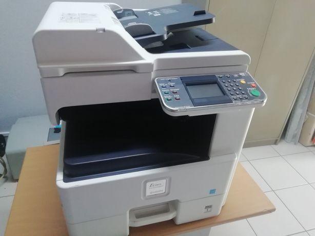 Fotocopiadora Kyocera FS-6525 (P/Peças)