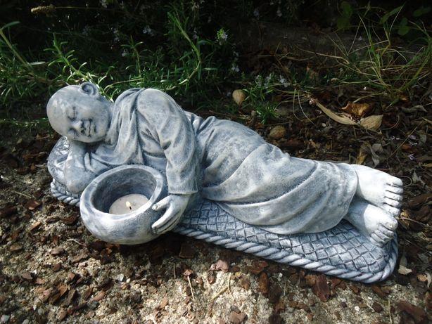 Monge - decoração em pedra