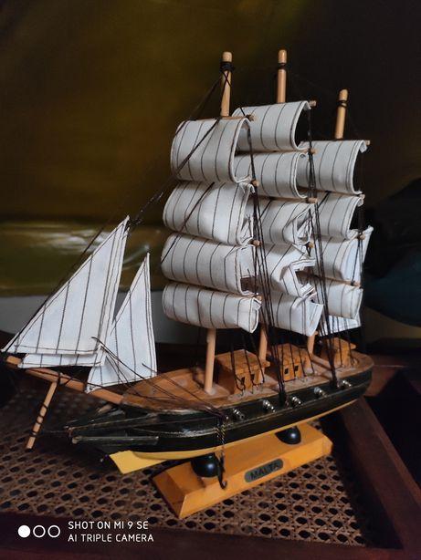 Piękny statek kolekcjonerski