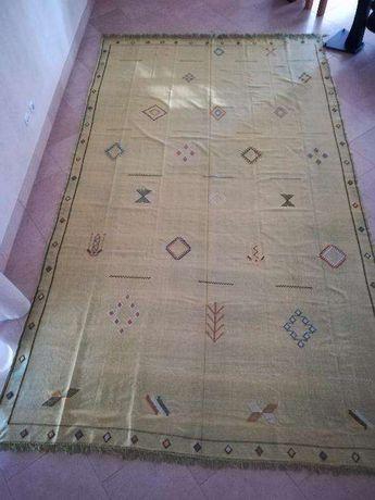 Tapete Kilim Berbere feito à mão