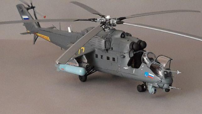 Model rosyjskiego helikoptera bojowego Mi-35