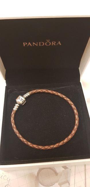 Pandora skórka 18 bransoletka charms