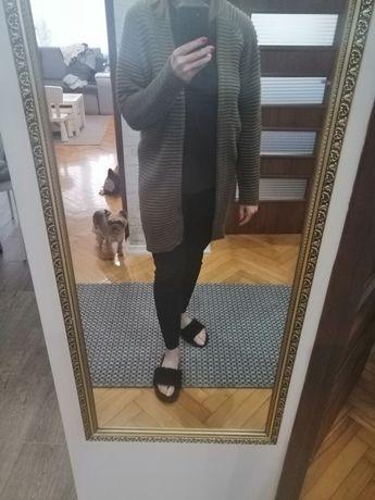 Zielony oliwkowy sweter kardigam narzutka. Rozmiar S/M