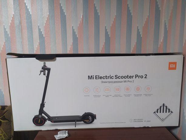Самокат Mi electric scooter Pro 2