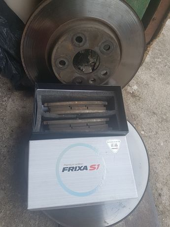 Тормозные диски Шевроле Авео Т300+ колодки