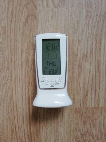 Podświetlany zegarek, budzik z termometrem