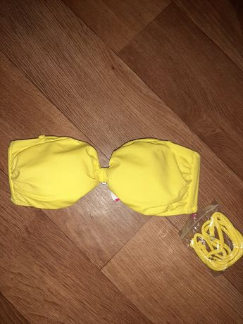 Новый верх от купальникам Victoria's Secret! Оригинал. Размер S.