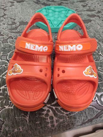 Crocs c 10 крокс кроксы сандали сандалии босоножки новые плюс подарок