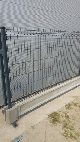 Ogrodzenie panelowe kompletne - panel 123 cm, podmurówka 25cm, montaże