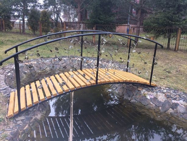 Mostek kuty ogrodowy