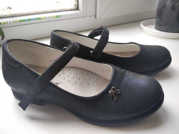 Черные туфельки для девочки 33 размер